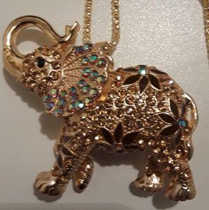Betsey Johnson gold elephant necklace
